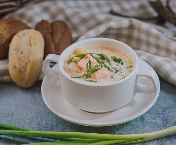 Рыбный суп в кафе Русколка