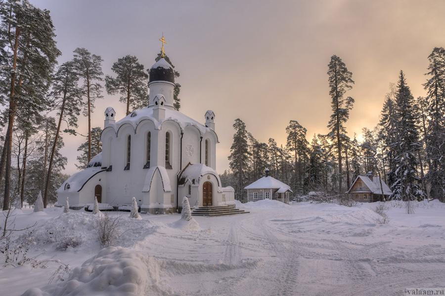 Зимой на Вааламе мало туристов, тут очень спокойно и умиротворенно. Фотограф — Сергей Гармашов, valaam.ru.