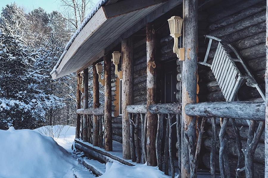 Husky Moa находятся в поселке Матросы, недалеко от Петрозаводска.