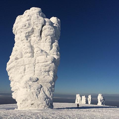 Плато Маньпупунер на снегоходах