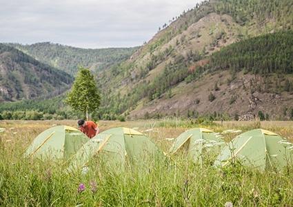 Палаточный лагерь на Байкале